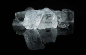 hielo para eliminar chicle en alfombras_web
